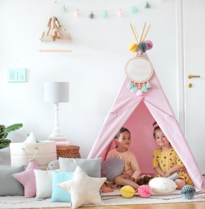 Tipi do zabawy.  Classic Pink